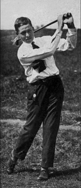 Bobby Jones, âgé de 14 ans, en 1916 (source : The American Golfer, vol. XVI)